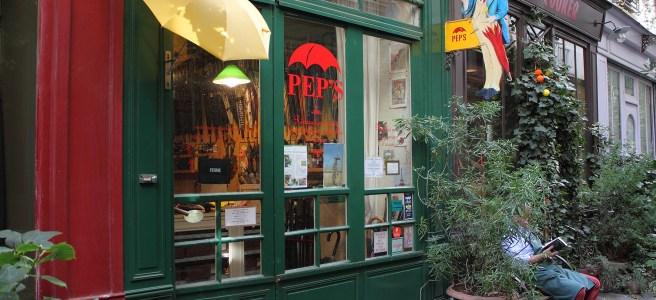 parapluie jaune passage de l'ancre paris