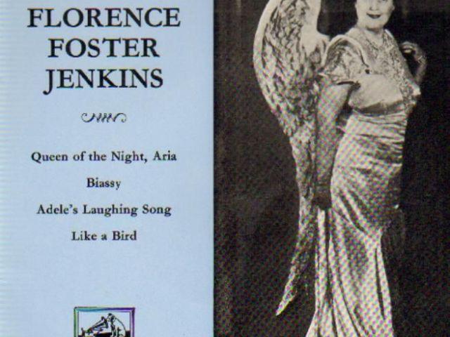 Grâce à Youtube on peut entendre un extrait (douloureux,  3.51), de Florence Foster Jenkins la pire chanteuse d'opéra de l'histoire.