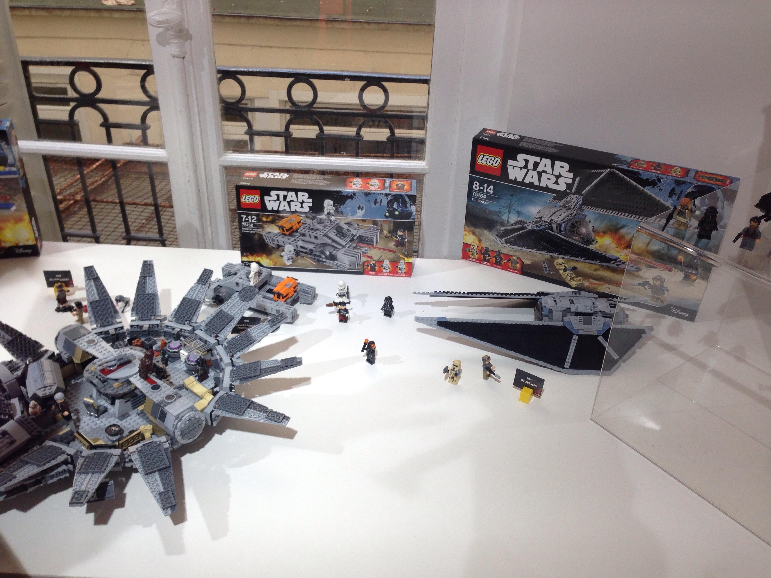 LEGO STAR WARS - MILLENNIUM FALCON - Référence : 75105 (environ 165 €)