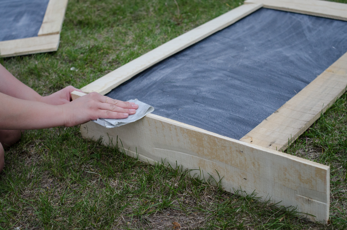 Giant DIY Chalkboard - lemonthistle.com