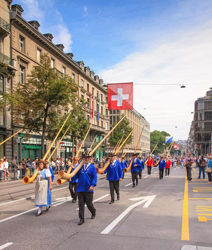 swiss-national-day-parade-in-zurich