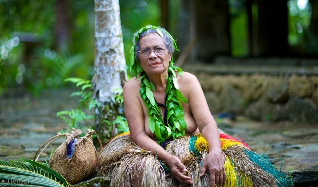 grandmother / yap, micronesia