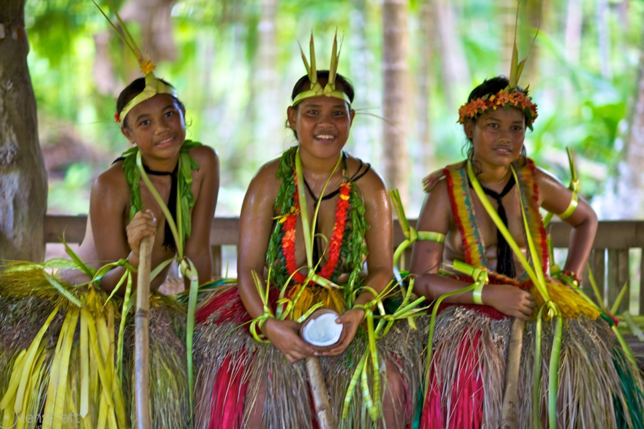 three maids, one coconut / yap, micronesia