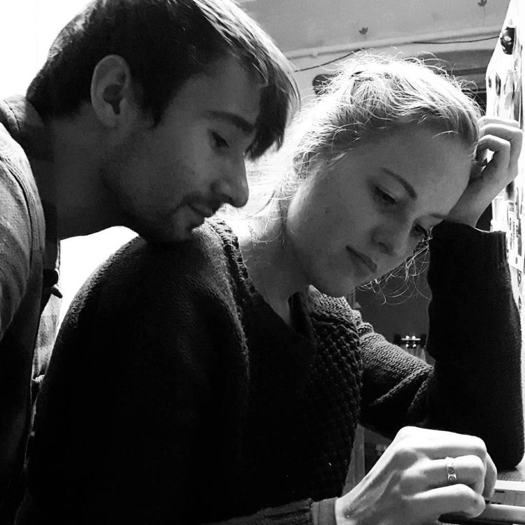 Historia pisania pewnego maila mralkos blackandwhite writing couple loveisinthehair tackyhellip