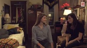 Laura-y-Carmilla-hablando