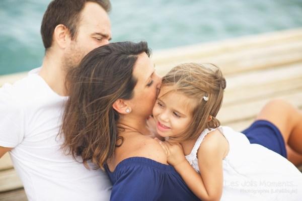 Seance grossesse en famille a la plage Martinique 17