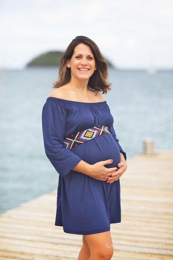 Seance grossesse en famille a la plage Martinique 20