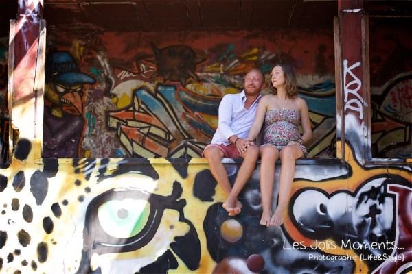 Seance grossesse dans des friches de Martinique 3
