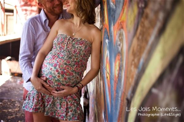 Seance grossesse dans des friches de Martinique 9