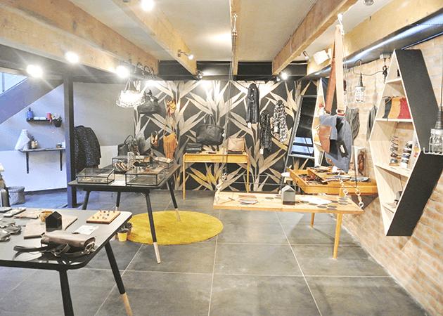 shopping grenoble. Black Bedroom Furniture Sets. Home Design Ideas