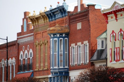 Buildings fronts in Pella, IA
