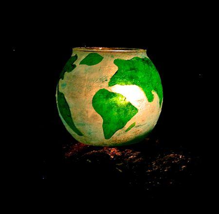 globe luminary