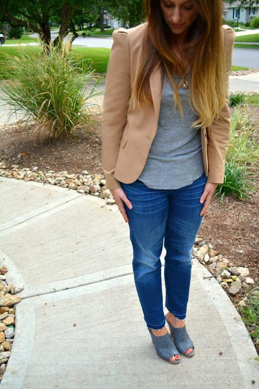tan zara blazer, gray tee, gap jeans, steven mules, ashley from lsr