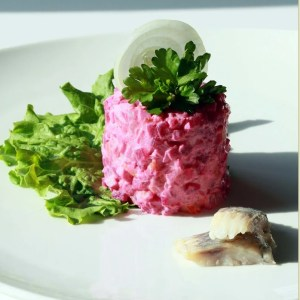 """""""Very Russian"""" salad with Beets and Herring (inside out) – {Шуба}"""