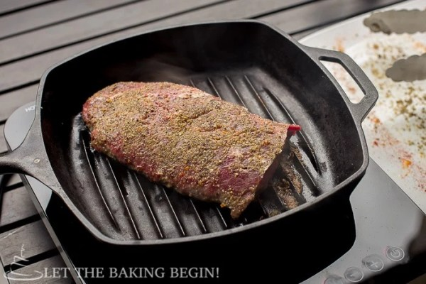 Grill Pan Flat Iron Steak - Delicious, juicy steak with grill- No problem! As long as you have a skillet or a grill pan you're good! | LetTheBakingBeginBlog.com | @Letthebakingbgn
