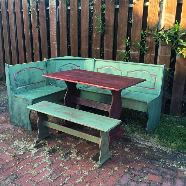 Anybody wants this hand-painted breakfast nook? FREE! U need to haul it. Its not that heavy, but u need a truck (or tools to disassemble it).
