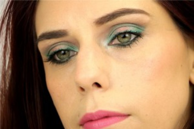 Monday Shadow Challenge Emeraude yeux ouverts