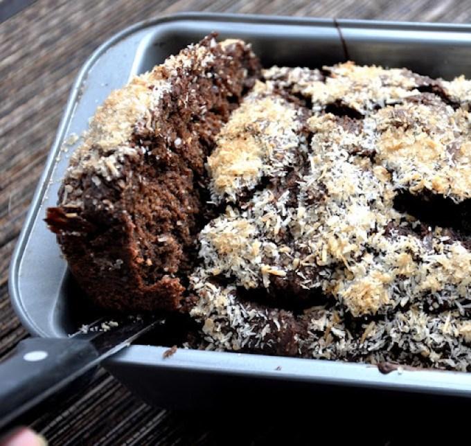 dark chocolate coconut banana bread 126