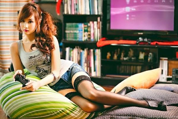 Gamer Girl Alodia Gosiengfiao