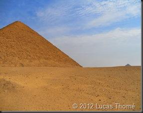 Red-Pyramid2