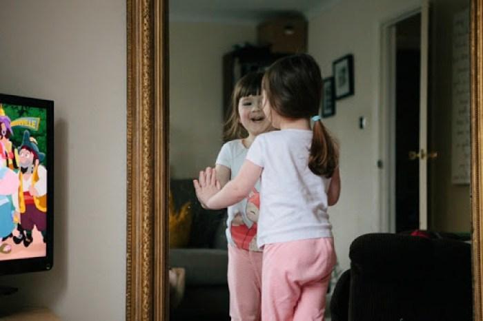 Hannah mirror 1