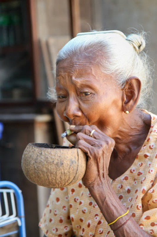 portrait of old lady smoking a cheroot (Bagan, Myanmar, 2011)