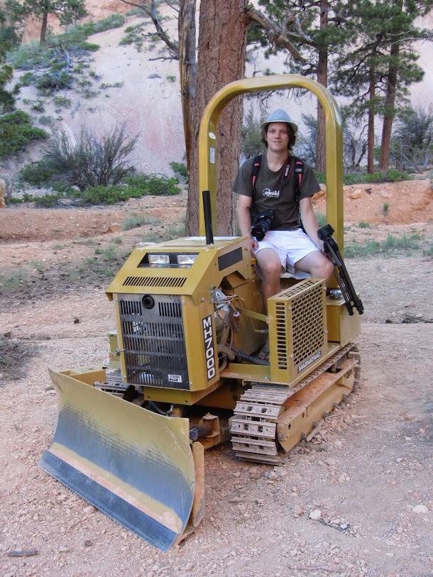I found a mini Bulldozer