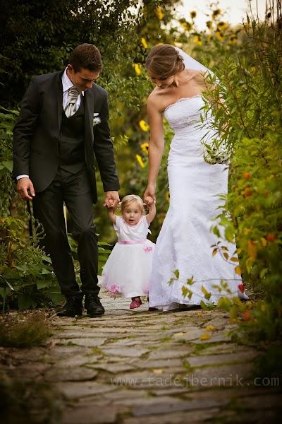 porocni-fotograf-wedding-photographer-ljubljana-poroka-fotografiranje-poroke-bled-slovenia- hochzeitsreportage-hochzeitsfotograf-hochzeitsfotos-hochzeit  (160).jpg