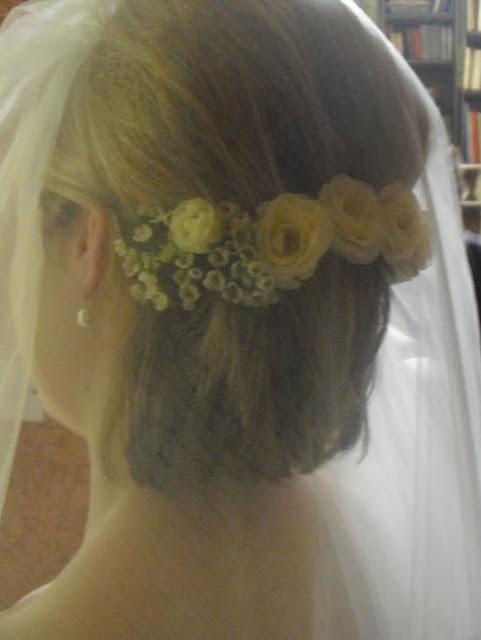 penteados para cabelos curtos com véu