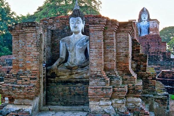 sukhothai-buddha, sukhothai buddha park thailand, sukhothai vs ayutthaya