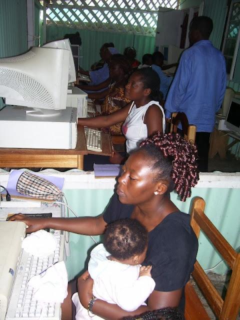 IT Training at HINT - nov19%2B012.JPG