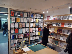 and then I went to the Sticky Institute , a sweet zine shop/workshop in Desgraves subway