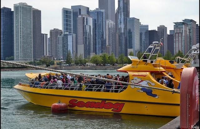 speed boat navy pier