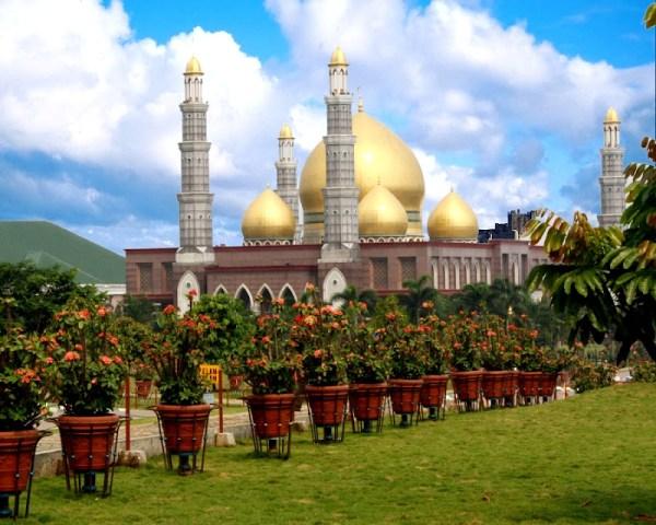 Masjid Dian Al Mahdi Depok