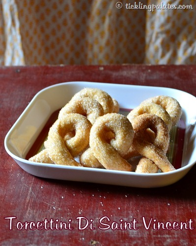 Tear shaped sugar coated cookies