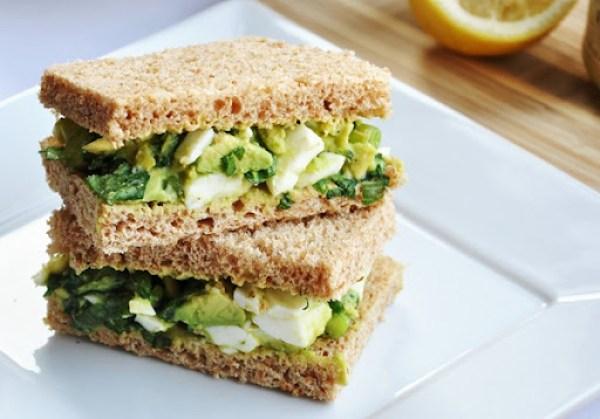 avocado egg salad sandwich 022