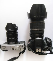 side-by-side: Fuji X-E1 with XF 18-55 and Canon T2i with EF-S 17-55