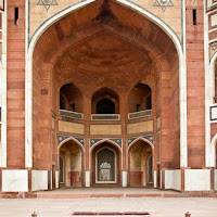 beautiful arches at Humayun's Tomb - Canon T2i