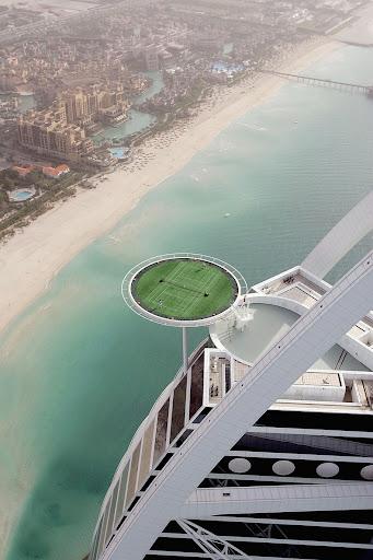 World's Highest Tennis Court at Burj Al Arab | Amusing Planet