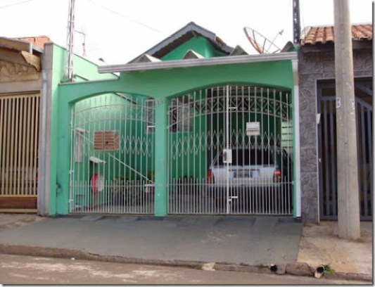 Que cor vai ficar legal, para pintar a parede externa da casa do Anderson ?