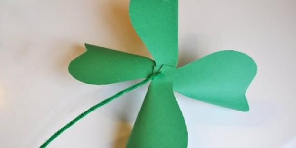 DIY St. Patrick's Day Shamrock Pinwheel 7