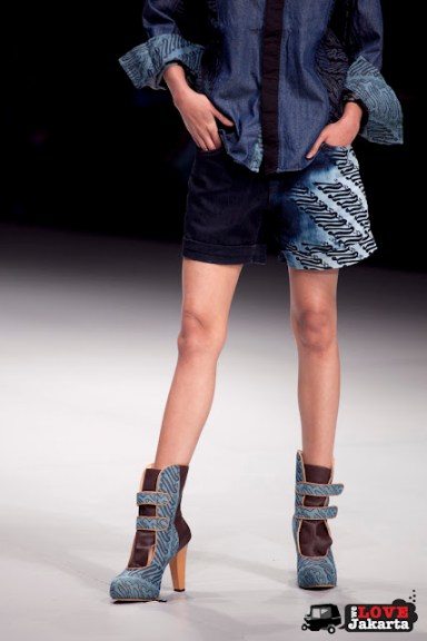 M.A. Nirmanda_Nou Shoes Akulturacity_Indonesia Fashion Week 2013_JCC