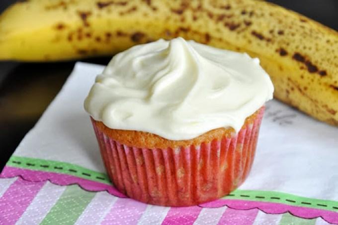 banana cupcakes (23)