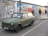 East Side Gallery - Berlin-9.JPG