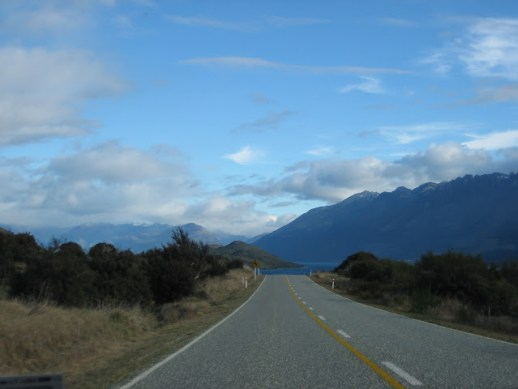 Driving from Glenorchy to Queenstown