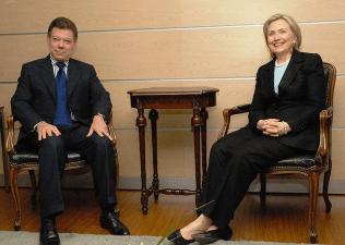 Colombian President Santos and U.S. Secretary of State Hillary Rodham Clinton