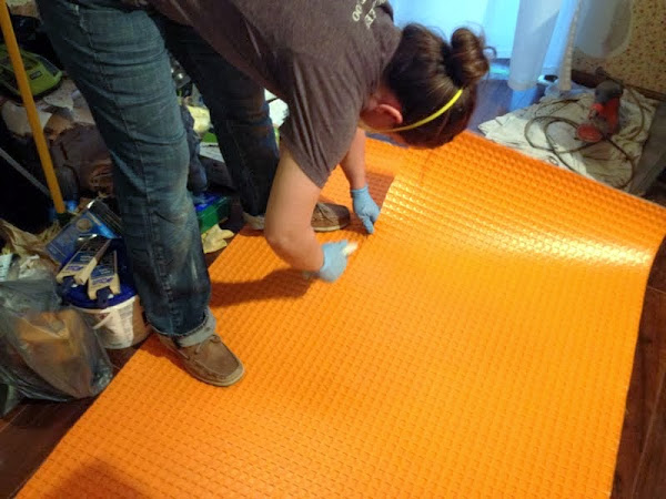 tiling over subfloor with Ditra