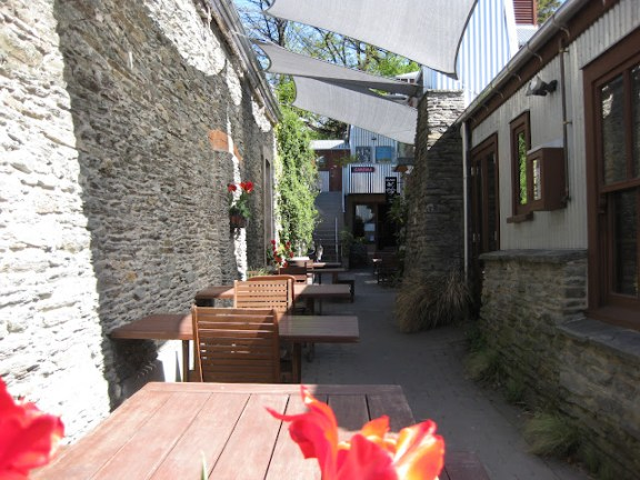 One of the many places to eat in Arrowtown