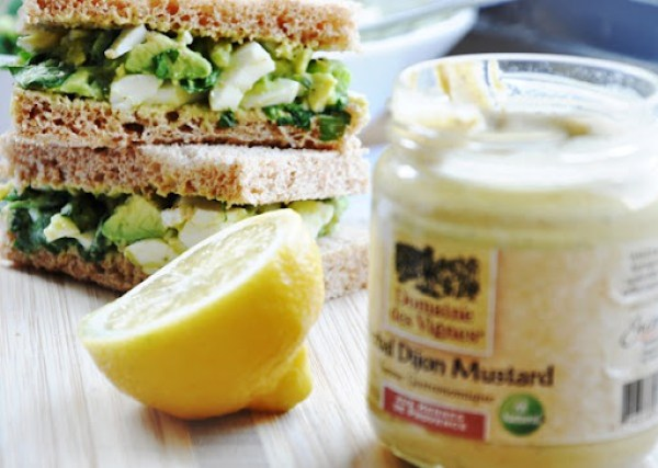 avocado egg salad sandwich 063