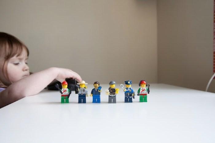 Lego invites 8